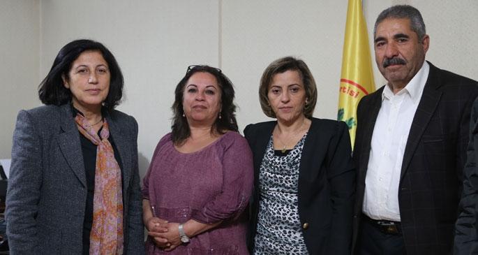 Efrîn heyeti Barış Meclisi ile bir araya geldi