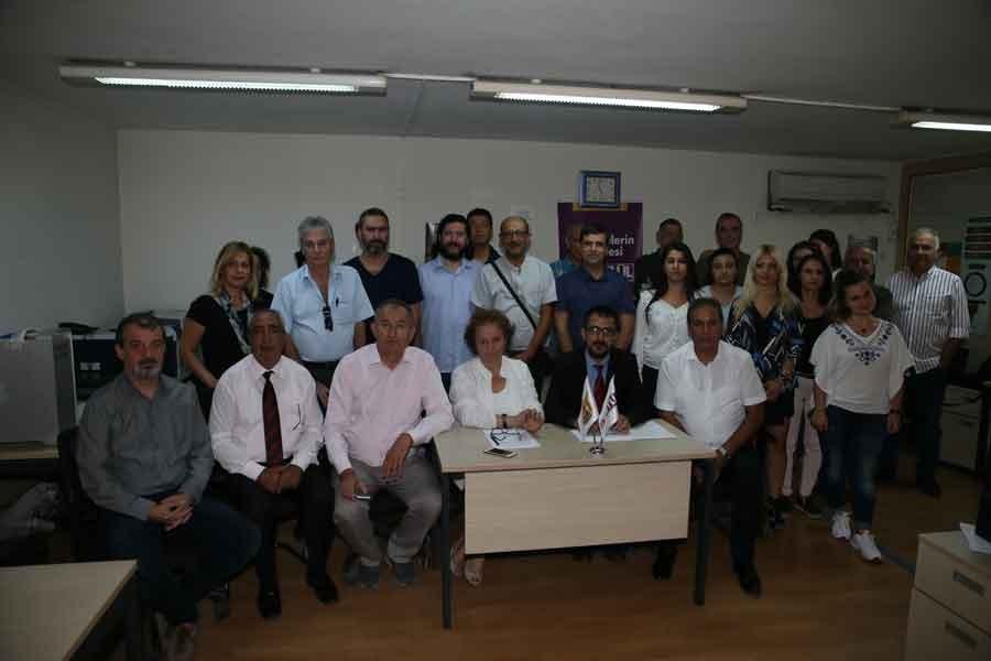 İzmir'in yerel gazetesi 9 Eylül'de TİS imzalandı