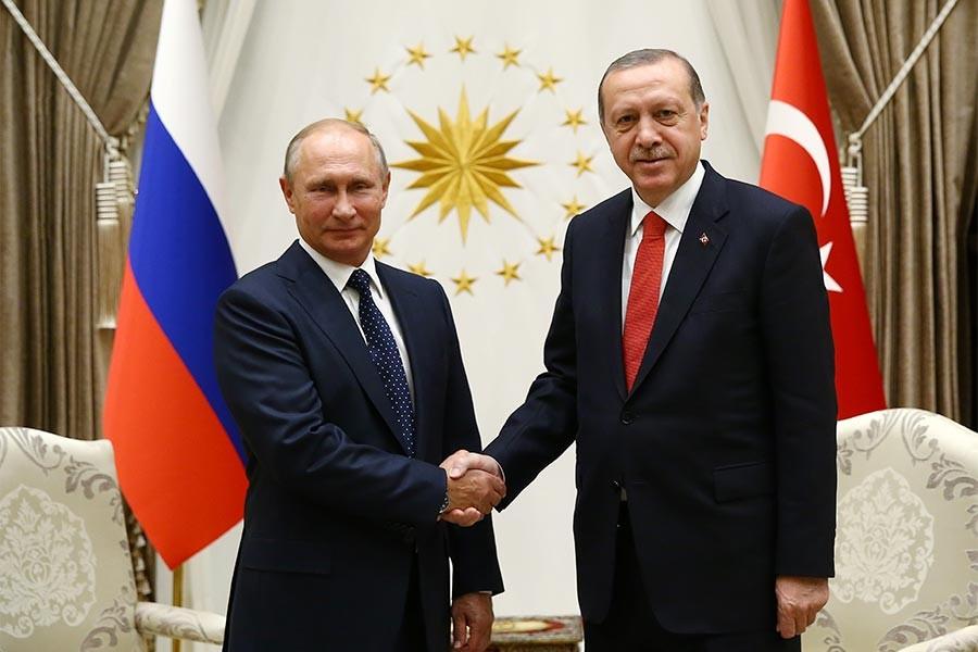 Putin, Erdoğan'ın yeni yılını, Trump'ın Noel'ini kutladı
