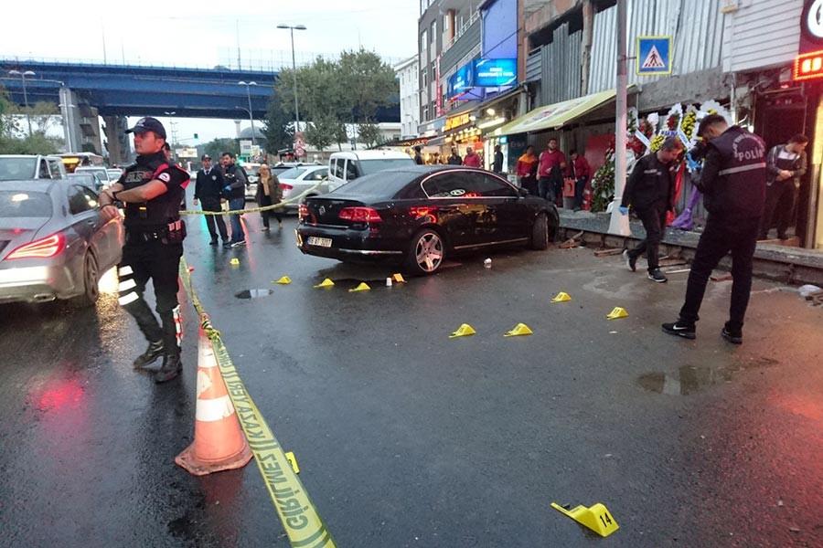 Beyoğlu'da kafeye otomatik silahlı saldırı: 1 yaralı