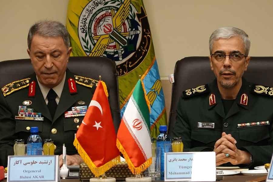 G.Kurmay Başkanı Akar, İranlı mevkidaşı Bakıri'yle görüştü