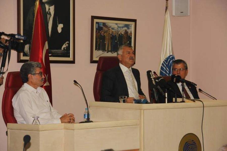 Seyhan Belediye Başkanından 'rüşvet' açıklaması