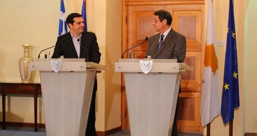 Çipras'tan Kıbrıs için iki bölgeli, iki toplumlu federasyon vurgusu