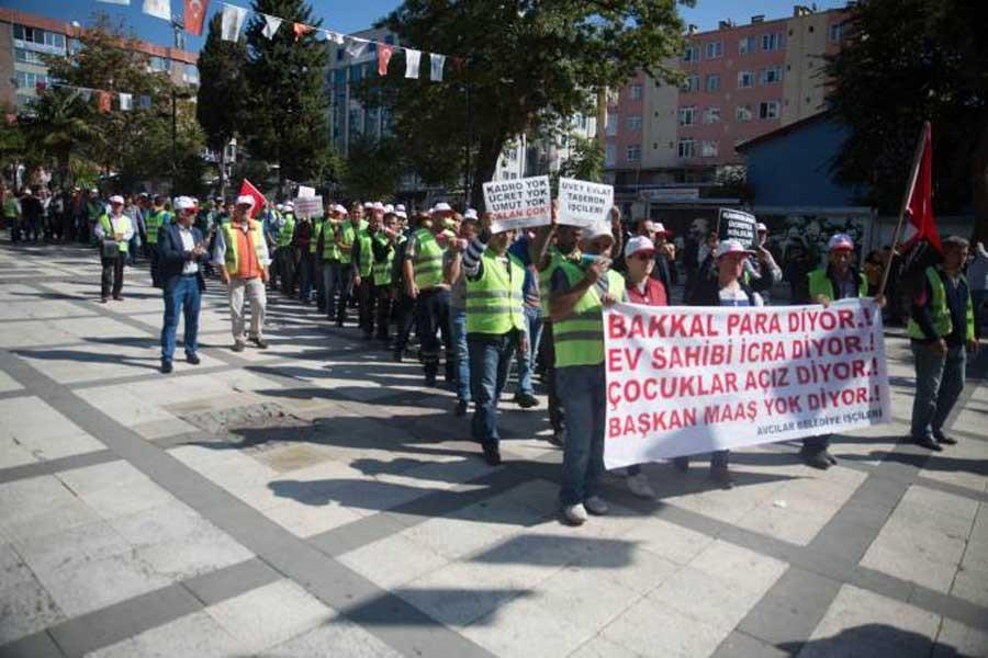 Avcılar Belediyesi işçilerinin eylemi sürüyor