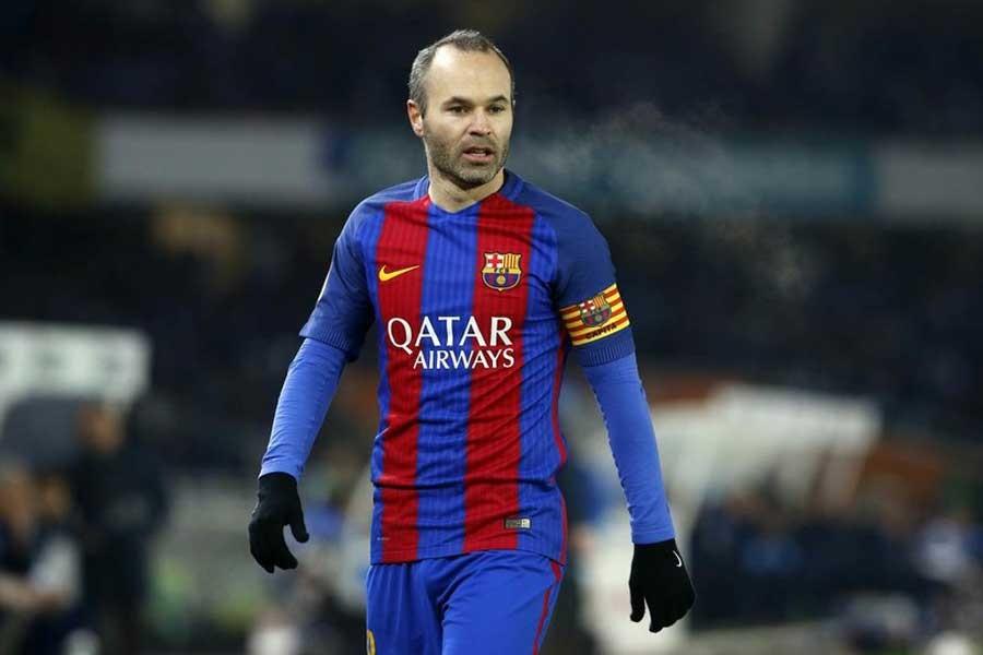 Andres İniesta, Barcelona ile ömürlük anlaşma imzaladı