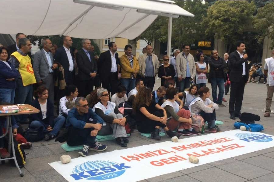 KESK'in Bakirköy'deki oturma eylemine destek