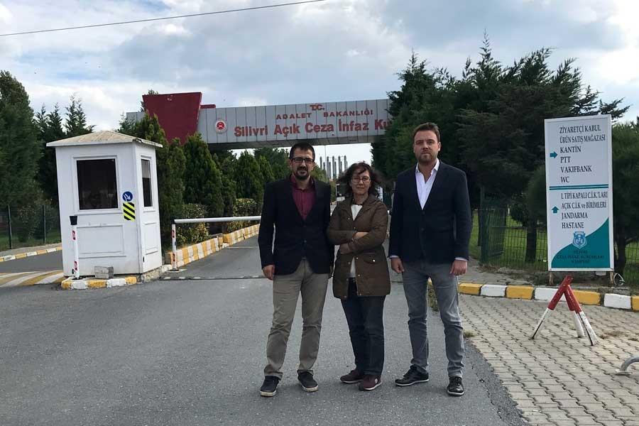 TGS yöneticileri Silivri'deki gazetecilerle görüştü