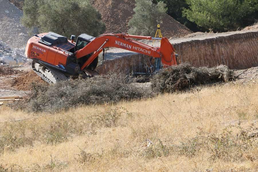 Eski AKP il yöneticisinden imarsız araziye inşaat çalışması