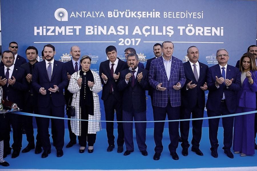 Erdoğan: 40 kat, 100 kat bina yapmak sizi medeni yapmıyor
