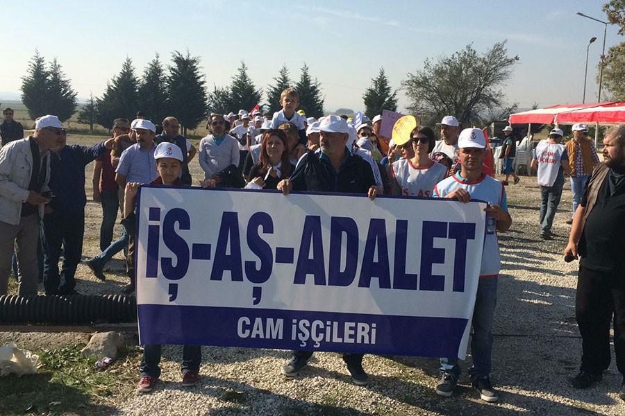 CAM İŞÇİLERİ İSTANBUL'A YÜRÜYOR