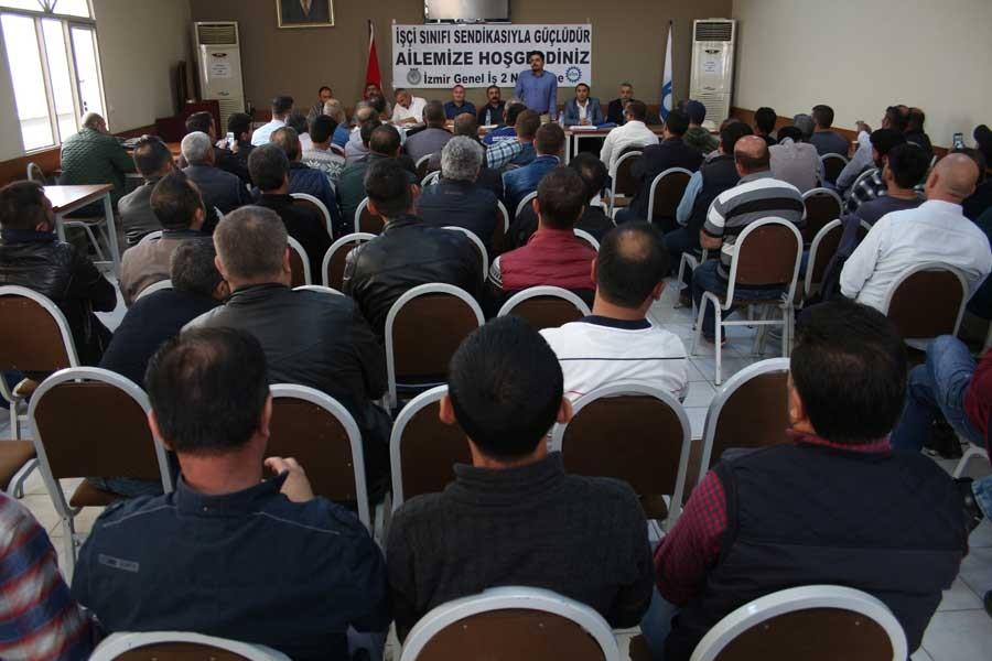 İzmir'de taşeron şoförler sendikalaştı