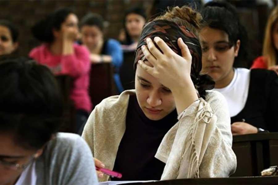 Liseliler mevcut sistemi tartışıyor