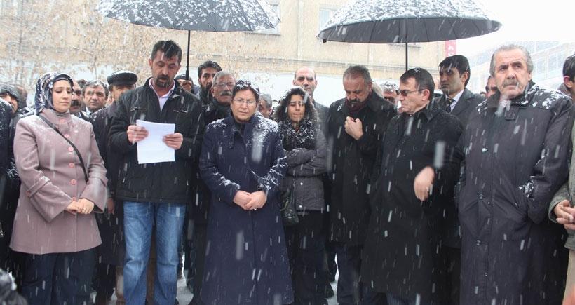 Ağrı'da tutuklamalar protesto edildi