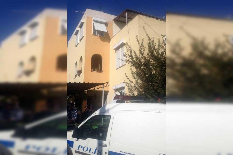 Antalya'da bir baba, 2 çocuğunu katledip intihar etti
