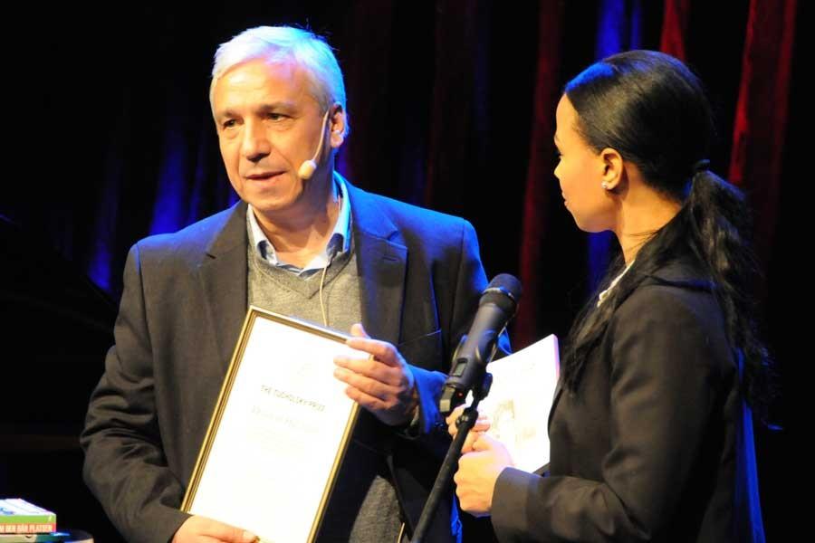 Tucholsky Ödülü Suriyeli Yazar Yassin al-haj Saleh'e verildi