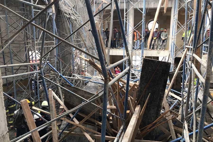 Cami inşaatında çökme: 3 işçi yaralandı