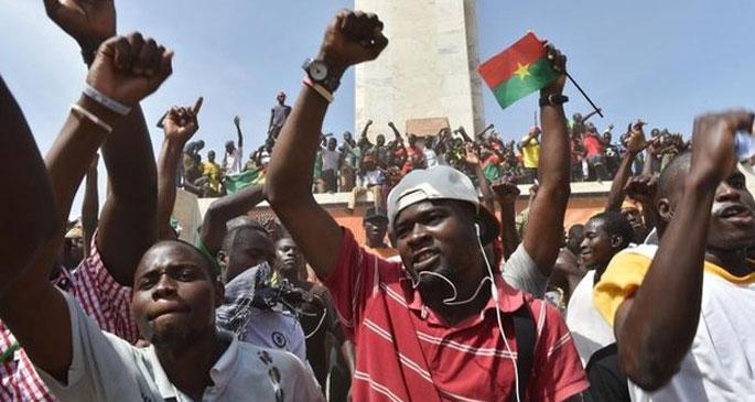 Burkina Faso'da iktidar mücadelesi