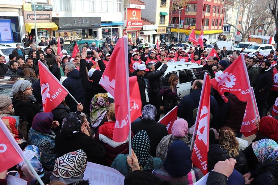 Bilecik'te 500 işçi sendika hakkı için yürüdü