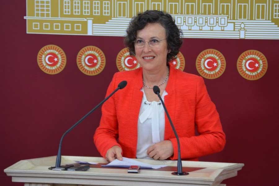 HDP Grup Başkanvekili Filiz Kerestecioğlu beraat etti