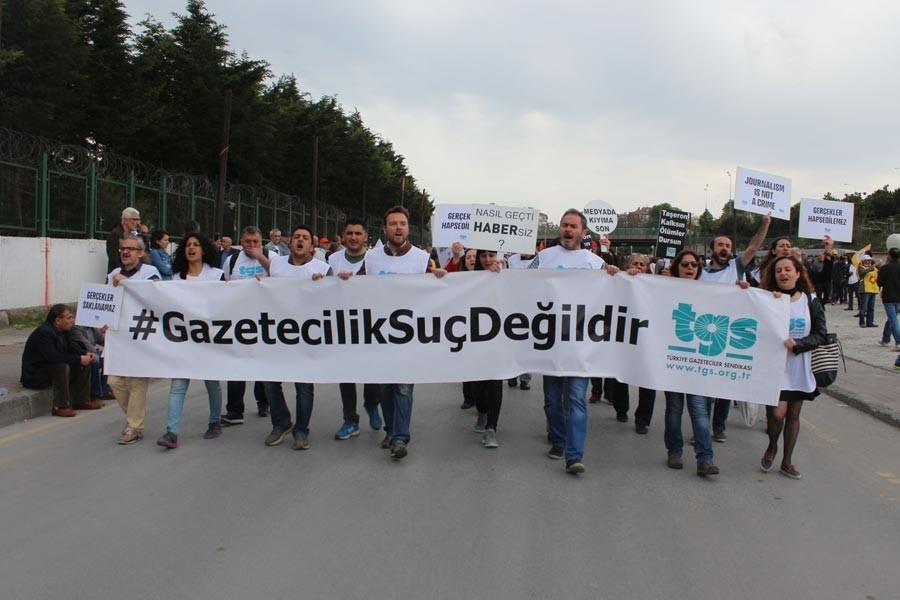 EMEP'in basın açıklamasını haberleştiren gazetecilere dava açıldı