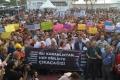 İstanbul, İzmir ve Ankara'dan kayyumlara tepki: Başkanlar görevlerine dönsün
