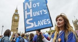 İngiltere'de emekçiler artık kemer sıkmak istemiyor!