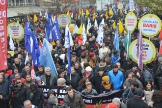 'Ekmek mücadelesinde birlik olan işçilerin arası açıldı'