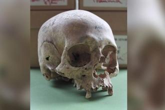 İngiltere'deki gizemli toplu mezar Vikinglere ait olabilir