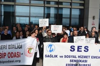 Sağlık çalışanları, kadın doktora saldırıyı kınadı