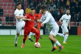 Akhisarspor, Kayserispor'u kupanın dışına itti