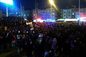 Mamak'ta yüzlerce kadın istismara karşı sokağa çıktı