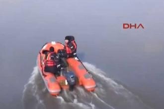 Ege'de mültecilerin olduğu ahşap tekne devrildi: 14 ölü