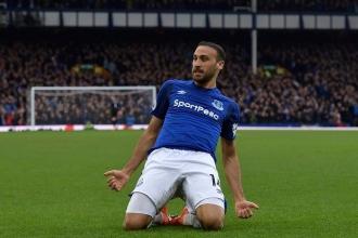 Everton, Stoke City'yi Cenk Tosun'un 2 golüyle geçti