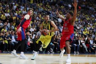 Fenerbahçe Doğuş son saniyede yıkıldı: 81-79
