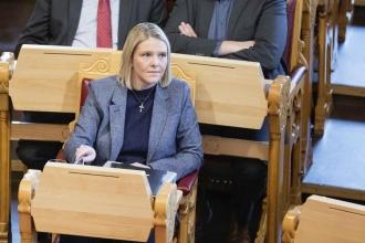 Norveç'in sağcı Adalet Bakanı'ndan sosyal medya istifası