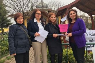 Kocaeli'de cinsel istismara karşı başlatılan imza kampanyası sürüyor