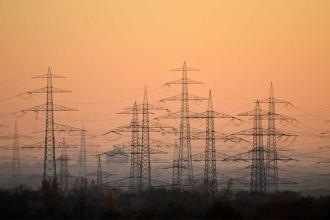 AKP kaçak elektrik kullanımını seçim yatırımına dönüştürmeye çalışıyor