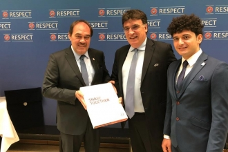 TFF, EURO 2024 adaylık dosyasını UEFA'ya sundu