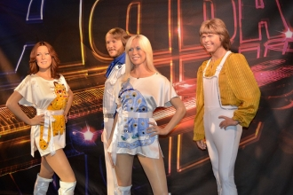 Pop efsanesi ABBA, 35 yıl sonra yeniden birleşiyor