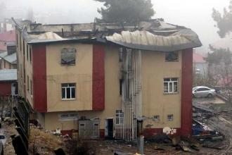 Aladağ'daki yurt yangını sanığı, okul müdürü yapılmış!