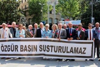 Dayanışma sınır tanımıyor: Almanya'da Evrensel için kampanya başladı