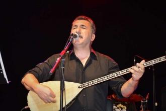 Mersin ve Adana'da Ferhat Tunç konseri: Bağlamam elimden hiç düşmedi
