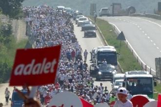 CHP: 'Adalet Yürüyüşü'ndeki dinleme skandalını araştırın