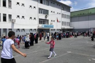 Danıştay, Öğrenci Andı'nın kaldırılmasını iptal etti