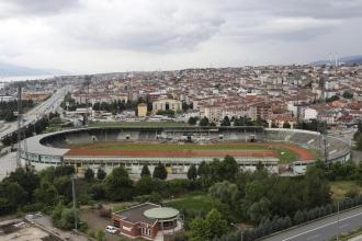 İsmetpaşa Stadyumu'nun yıkımına başlandı