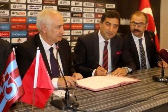 Trabzonspor'da Ünal Karaman 39'uncu teknik direktör oldu