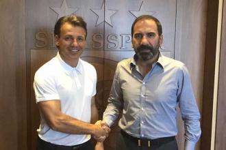 Sivasspor Tamer Tuna ile anlaştı