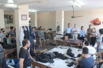 Adana'da HDP milletvekili adayları ve EMEP, saya işçileriyle buluştu