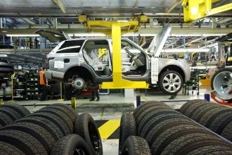 Ford'da 'Kesinti yok' diyen Türk Metal'e işçilerin cevabı gecikmedi