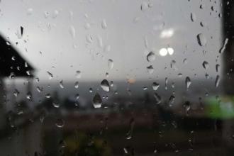 İstanbul için yarın (18 Temmuz) için gök gürültülü sağanak uyarısı